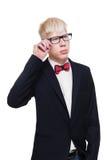 Retrato del hombre joven del albino en las lentes y el traje aislados Fotos de archivo