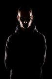 Retrato del hombre serio en gafas de sol Foto de archivo