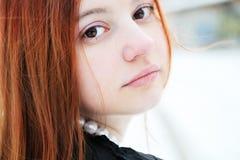 Retrato del invierno de la muchacha hermosa Imagenes de archivo