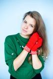 Retrato del invierno de la muchacha hermosa Fotografía de archivo libre de regalías