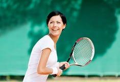 Retrato del jugador de tenis acertado Imagen de archivo
