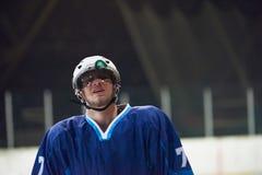 Retrato del jugador del hockey sobre hielo Fotografía de archivo libre de regalías