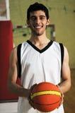 Retrato del jugador del juego de bola de la cesta Fotografía de archivo