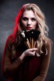 Retrato del modelo de manera. Maquillaje. Peinado Fotografía de archivo libre de regalías