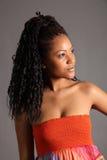 Retrato del modelo joven real del afroamericano Fotos de archivo