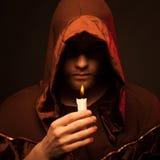 Retrato del monje irreconocible del misterio Imagen de archivo libre de regalías