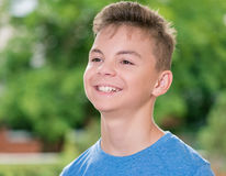 Retrato del muchacho adolescente Foto de archivo