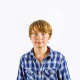 Retrato del muchacho feliz joven lindo Fotografía de archivo