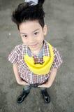 Retrato del muchacho lindo asiático feliz Fotos de archivo libres de regalías