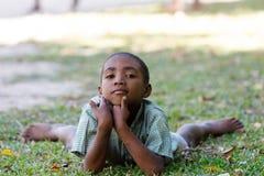 Retrato del muchacho malgache joven del adolescente Imagen de archivo