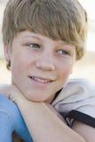 Retrato del muchacho que mira lejos de cámara Fotos de archivo