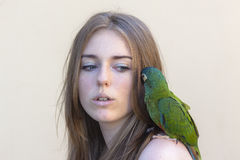Retrato del pájaro de la muchacha Fotografía de archivo libre de regalías