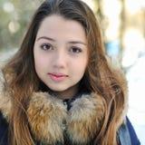 Retrato del primer de la cara bonita de la niña Fotografía de archivo