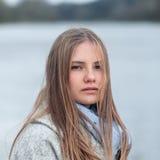 Retrato del primer de la muchacha natural de la belleza Imágenes de archivo libres de regalías
