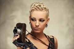 Retrato del primer de una muchacha del punky del vapor Fotografía de archivo libre de regalías