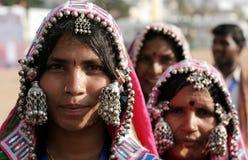 Retrato del primer de una mujer india del banjara Fotos de archivo