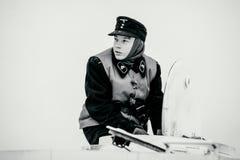 Retrato del soldado joven de Wehrmacht Panzertruppen de tropas acorazadas Foto blanco y negro de Pekín, China Fotografía de archivo