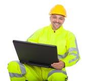 Retrato del trabajador en chaqueta de la seguridad Foto de archivo libre de regalías
