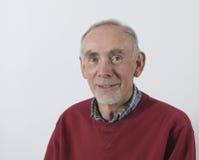 Retrato del viejo hombre sonriente Fotos de archivo