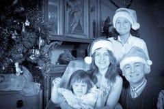 Retrato del vintage de la familia feliz imagenes de archivo