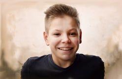 Retrato del vintage de un muchacho del adolescente Fotos de archivo