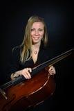 Retrato del violoncelista joven Fotos de archivo libres de regalías