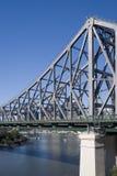 Retrato disparado do rio e da ponte Imagens de Stock