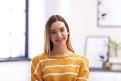 Retrato do adolescente feliz imagens de stock royalty free