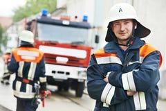 Retrato do bombeiro no treinamento Fotografia de Stock Royalty Free