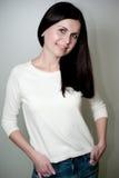 Retrato do Brunette novo Fotografia de Stock Royalty Free