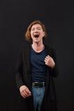 Retrato do close up alto de rir o homem caucasiano fotos de stock royalty free
