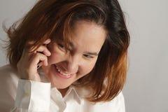 Retrato do close up da mulher de negócio nova bonito Imagens de Stock Royalty Free