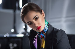 Retrato do close up da mulher de negócios à moda atrativa Fotografia de Stock