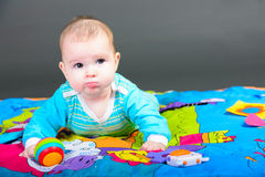 Retrato do Close-up de um bebé bonito Fotografia de Stock Royalty Free