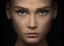 Retrato do close-up de uma mulher imagem de stock royalty free