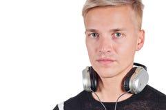 Retrato do close up do homem com fones de ouvido Imagem de Stock