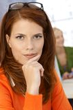 Retrato do close up do trabalhador de escritório bonito Imagem de Stock Royalty Free