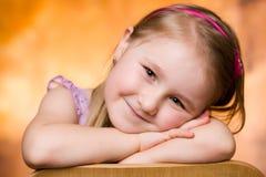 Retrato do estúdio da rapariga Fotos de Stock Royalty Free