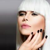 Retrato do estilo de Vogue imagens de stock