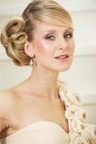 Retrato do Fim-Acima de uma noiva elegante Fotografia de Stock