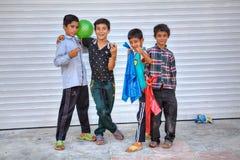 Retrato do grupo de quatro adolescentes iranianos dos meninos Fotografia de Stock Royalty Free