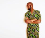 Retrato do homem africano considerável novo que veste o nati verde-claro Fotografia de Stock Royalty Free