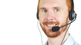 Retrato do homem de negócio com auriculares, centro de atendimento, cliente servive vídeos de arquivo