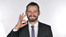 Retrato do homem de negócios Gesturing Okay Sign da barba video estoque