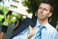 Retrato do homem de negócios na rua exterior Imagem de Stock