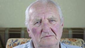 Retrato do homem idoso Sorriso filme