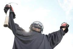 Retrato do jogador da bola do hóquei com vara de hóquei Fotos de Stock