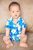 Retrato do menino com a camisa da flor de Songkran Fotos de Stock Royalty Free
