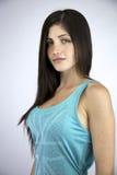 Retrato do modelo fêmea bonito com freckles Fotos de Stock