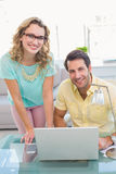 Retrato do negócio dois criativo de sorriso Fotografia de Stock Royalty Free